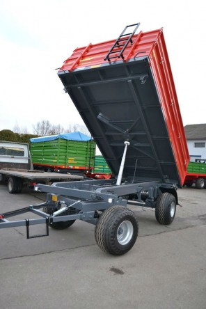 Przyczepa rolnicza dwuosiowa MD801; ładowność 8000kg