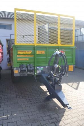 Rozrzutnik obornika Tandem MR800; ładowność 8000 kg